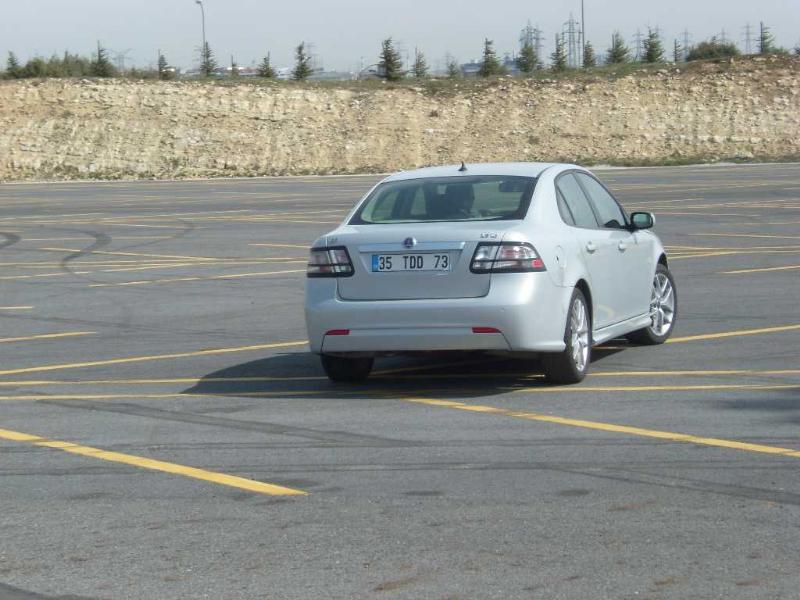 S 1 - Saab 9-3 Sport Sedan 1.9 TID : UÇUŞA HAZIR OLUN