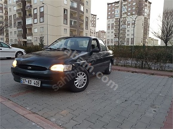 1998 Model Cli Zetec Motor 04/2019'a kadar Muayenesi vardır