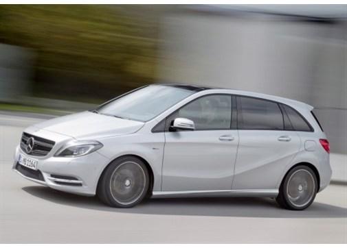 Mercedes B 180 BlueEFFICIENCY Style Yarı Otomatik