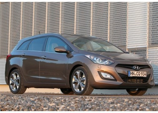 Hyundai i30 1.6 CRDI Style Yarı Otomatik